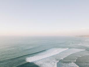 Scenic seascape view tranquil blue ocean, West Coast, Lisbon, Portugalの写真素材 [FYI04323764]