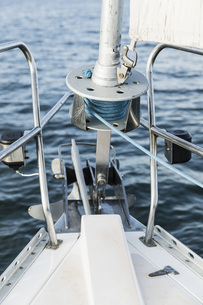 Sailboat bow equipmentの写真素材 [FYI04324249]