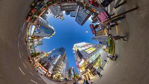 秋葉原電気街の夜景の360度風景写真の写真素材 [FYI04330411]