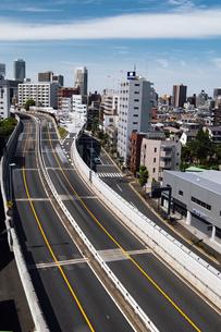 東池袋周辺の街並みと首都高速道路の写真素材 [FYI04330480]