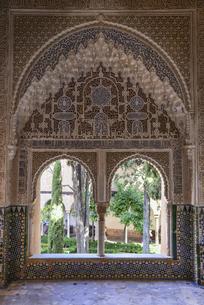 アルハンブラ宮殿 ナスル朝宮殿の写真素材 [FYI04331352]