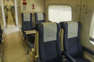 グラナダを走る列車の内部の写真素材 [FYI04331423]