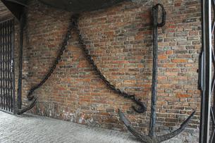 中世の木造クレーンの写真素材 [FYI04331871]