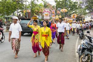バリの伝統的な祭りの写真素材 [FYI04332215]
