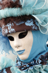 Italy, Venice, masked personの写真素材 [FYI04332750]