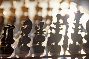 Chess board with piecesの写真素材 [FYI04332761]
