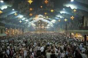 Hacker-Festzelt, Oktoberfest , Muenchenの写真素材 [FYI04332764]