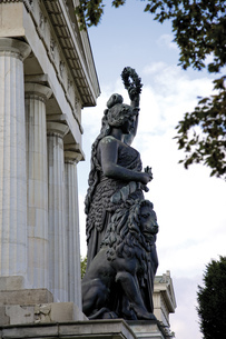 Germany, Bavaria, Munich, Bavaria statue and hall of fameの写真素材 [FYI04333118]