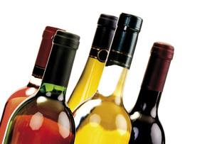 Wine bottles, close-upの写真素材 [FYI04333158]