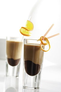 Latte macchiato with chocolate liqueurの写真素材 [FYI04333206]