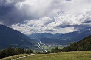 Austria, Tyrol, Telfs, Landscapeの写真素材 [FYI04333255]