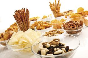 Assorted snacks, close-upの写真素材 [FYI04333295]