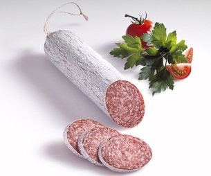 Sausage, salamiの写真素材 [FYI04333339]
