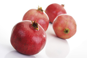 Pomegranates (Punica granatum)の写真素材 [FYI04333399]