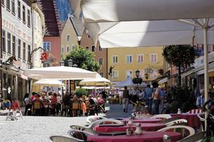 Germany, Bavaria, Allgaeu, Fuessen, View of pedestrain area wの写真素材 [FYI04333515]