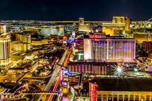 USA, Nevada, Las Vegas at nightの写真素材 [FYI04333556]