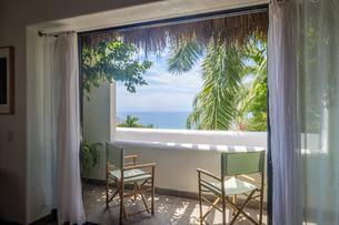 Mexico, Punta de Mita, view to the sea from loggia of a resiの写真素材 [FYI04333652]