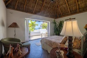 Mexico, Punta de Mita, bedroom in a residential homeの写真素材 [FYI04333654]