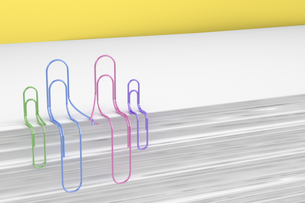 3D Rendering, paper clips holding hands, familyのイラスト素材 [FYI04334071]