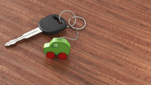 Car key with keychain, green car, clean energyのイラスト素材 [FYI04334157]