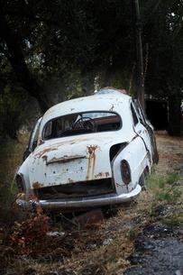 Greece, Corfu, Old rusty carの写真素材 [FYI04334307]