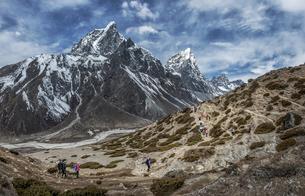 Nepal, Himalayas, Khumbu, Everest Region, Taboche, Mountaineの写真素材 [FYI04334437]