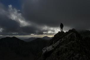 UK, North Wales, Snowdonia, Cwm Glas, Garnedd Ugain, Clogwynの写真素材 [FYI04334473]