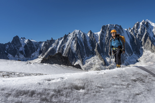 France, Chamonix, Argentiere Glacier, Les Droites, Les Courtの写真素材 [FYI04334504]
