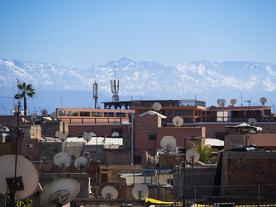 Morocco, Marrakech, View over roofs with satellite dishes toの写真素材 [FYI04334610]