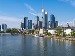Germany, Hesse, Frankfurt, Skyline of financial district, Maの写真素材 [FYI04334660]