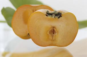 Kaki fruitの写真素材 [FYI04334850]