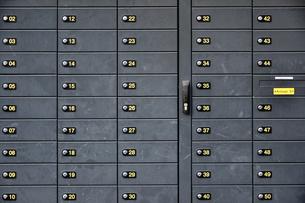 Germany, Ruegen, Breege, Post office boxesの写真素材 [FYI04335073]