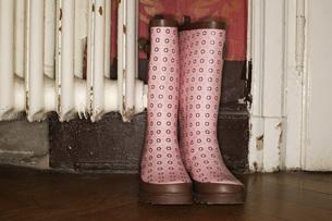 Pair of bootsの写真素材 [FYI04335491]