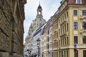 Germany, Dresden, old town, rehabilitated facades and Churchの写真素材 [FYI04335709]