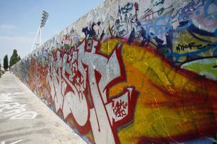 Germany, Berlin, painted wallの写真素材 [FYI04335984]