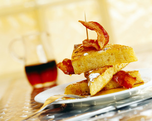 French toast, close-upの写真素材 [FYI04336018]