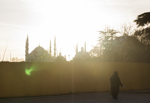 Turkey, Istanbul, view to Blue Mosque at backlightの写真素材 [FYI04336045]