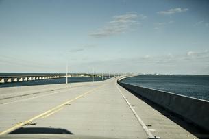 USA, Florida, Florida Keys, Seven Mile Bridgeの写真素材 [FYI04336081]