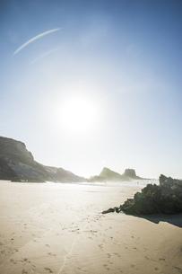 Portugal, Alentejo, Rocks at Zambujeira do Mar beachの写真素材 [FYI04336107]