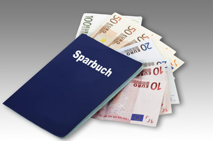Bank book with Euro notes, Composingの写真素材 [FYI04336434]