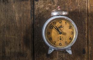 Vintage alarm clockの写真素材 [FYI04336798]