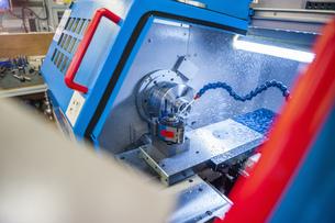 Tool-making machine in processの写真素材 [FYI04336964]