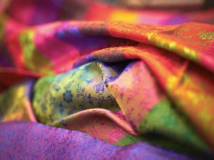 India, silk clothの写真素材 [FYI04337454]