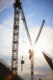 Germany, Bavaria, Munich, Construction area with tower craneの写真素材 [FYI04338244]