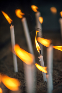 Turkey, Ephesus, lightened votive candles in the House of thの写真素材 [FYI04338290]