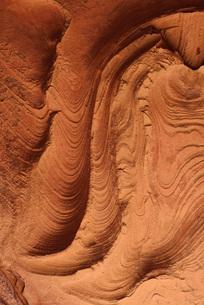 Algeria, Tassili n Ajjer, Sahara, wind erosion on soft sandsの写真素材 [FYI04338555]