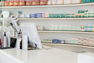 Salesroom of a pharmacyの写真素材 [FYI04339159]