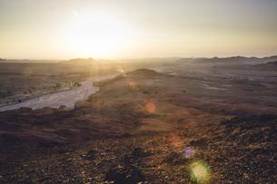 Jordan, Dana Biosphere Reserve, Wadi Feynan at sunsetの写真素材 [FYI04339390]