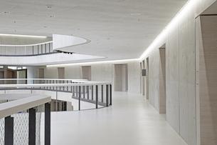Modern office buildingの写真素材 [FYI04339855]
