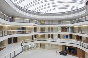 Modern office buildingの写真素材 [FYI04339856]
